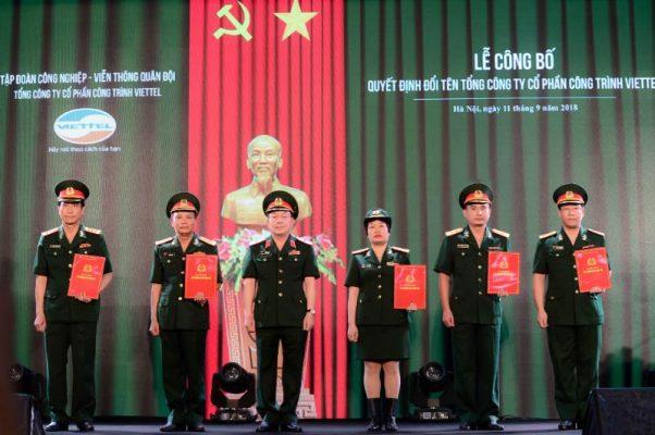 Phu Trach Chu Tich Kiem Tong Giam Doc Tap Doan Viettel Trao Quyet Dinh Cho Ban Tgd Tong Cong Ty Cp Cong Trinh Viettel